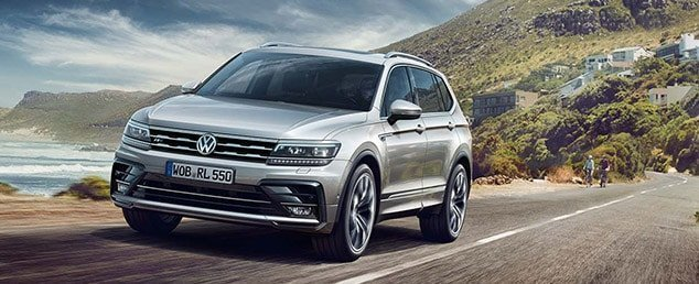 2018 Volkswagen Tiguan Allspace on the road